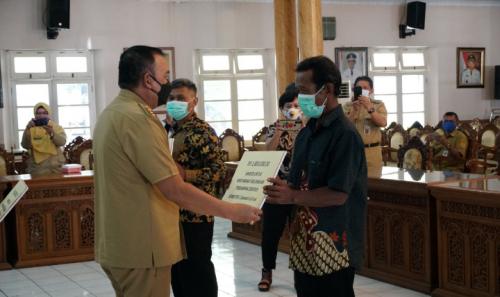 PPKM Darurat Covid-19, Pemkab Purworejo Berikan Bantuan Sosial Bagi 965 KK