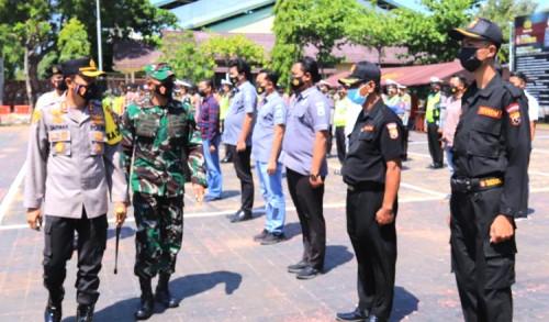 Ratusan TNI-Polri dan Relawan di Tuban Dikerahkan untuk Lacak Warga Terkonfirmasi Covid-19