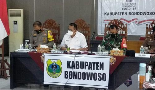 Mulai Besok Pemkab Bondowoso Perbolehkan PKL Berjualan di Alun-alun