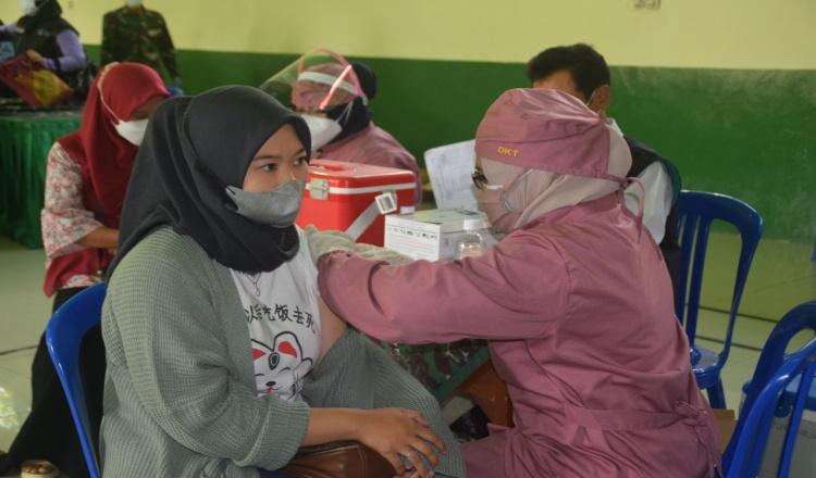 Masyarakat Purworejo Antusias Ikuti Serbuan Vaksin Tahap II