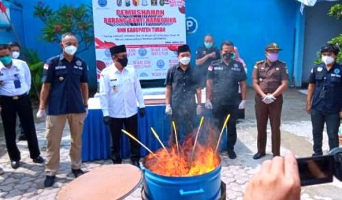 BNNK Tuban Musnahkan Ganja Seberat 1,5 Kilogram, Pelaku Disanksi Hukuman Mati