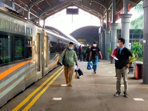 PPKM Dilanjutkan, Ini Syarat Perjalanan KA di Daops 8 Surabaya