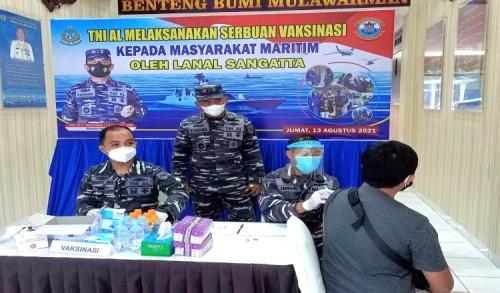 Pangkalan TNI-AL Sangatta Laksanakan Serbuan Vaksinasi, Sasar Masyarakat Umum