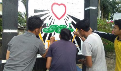 Ogah Konvoi, Para Pendekar di Ngawi Pilih Perbaiki Tugu PSHT