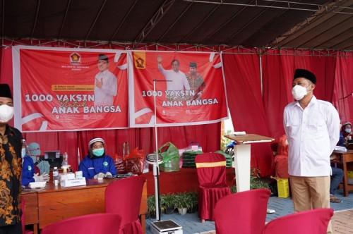 DPC Gerindra Jember Gelar Vaksinasi di Ponpes Nurul Hotib