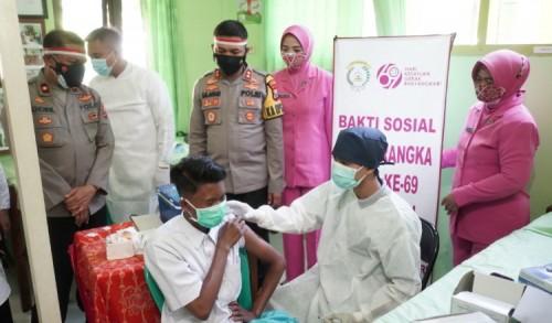 Kapolresta Probolinggo Pantau Vaksinasi Siswa di Sekolah
