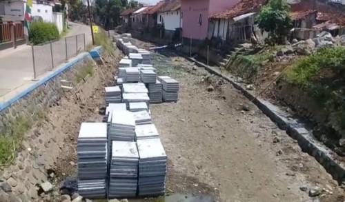 Dampak Revitalisasi Sungai, Warga Baledono Purworejo Keluhkan Adanya Bau dan Banyak Nyamuk