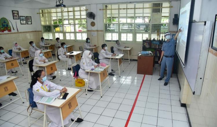Bahas PTM, Pemkot Surabaya Akan Gelar Pertemuan dengan Pakar Epidemologi