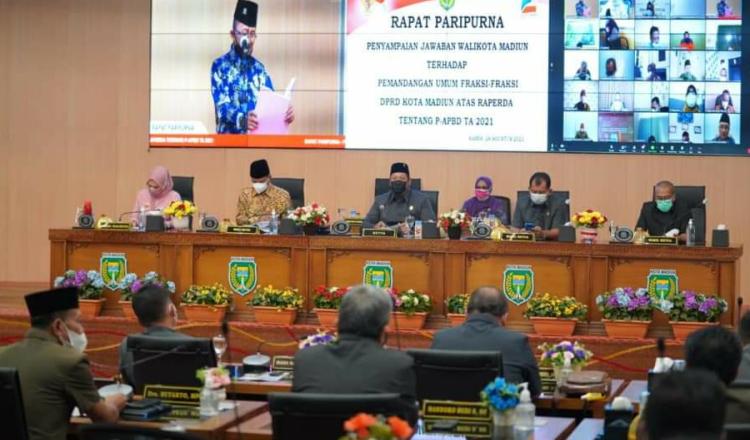 Rapat Paripurna, Wali Kota Madiun Sampaikan Jawaban atas PU Fraksi DPRD Kota Madiun