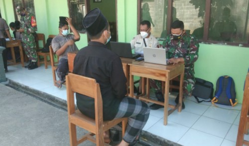 Dua Ponpes di Madiun Jadi Sasaran Serbuan Vaksinasi TNI
