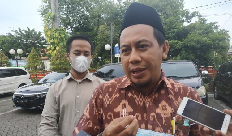 Aktivitas Pembangunan The Trans Icon Ganggu Kehidupan Warga Menanggal Surabaya
