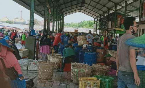 IPAL Tidak Berfungsi, Bau Tidak Sedap Pasar Ikan Lamongan Dikeluhkan