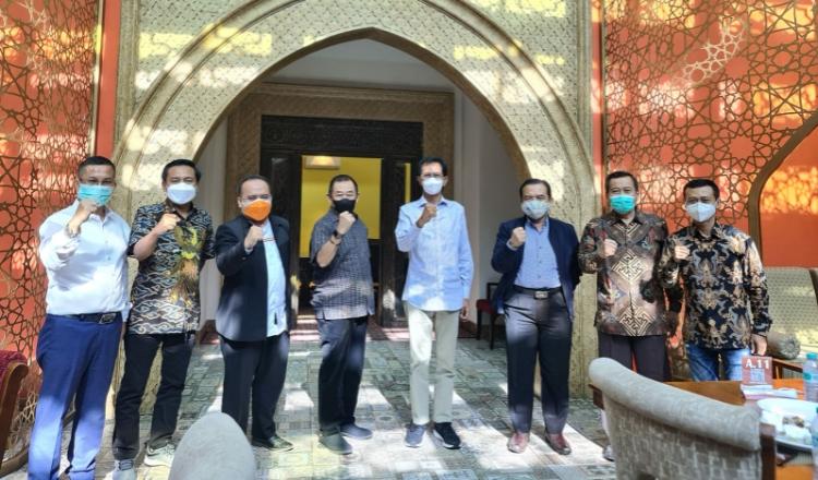 Jalin Silaturahmi, Parpol di Surabaya Sepakat APBD 2022 untuk Pemulihan Ekonomi