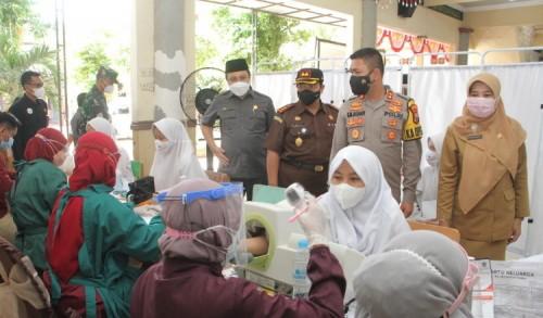 Vaksinasi Santri Kota Probolinggo Capai 20 Persen