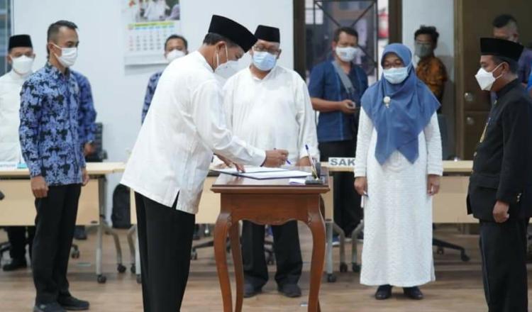 Tingkatkan Mutu Birokrasi, Wali Kota Madiun Lantik 21 Pejabat