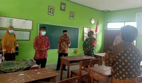 Uji Coba Pembelajaran Tatap Muka (PTM), Dandim Madiun Ingatkan Penerapan Prokes