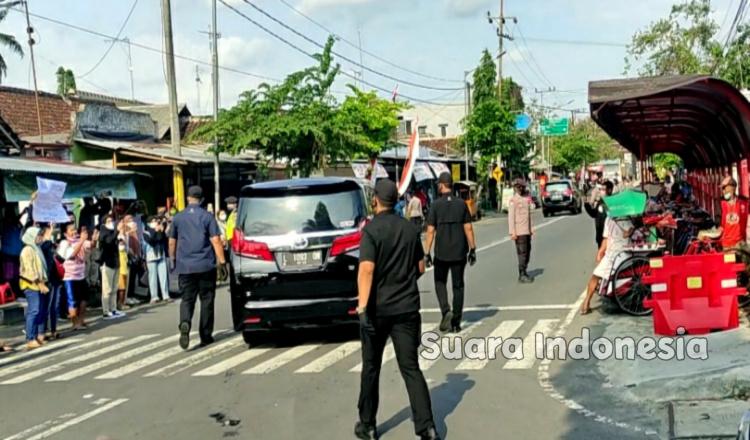 Berkunjung ke Blitar, Seorang Warga: Pak Jokowi Bantu Peternak Beli Jagung