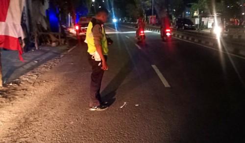 Gara-gara Buka Pintu Mobil Tiba-tiba, Satu Orang Pengendara Motor di Tuban Tewas