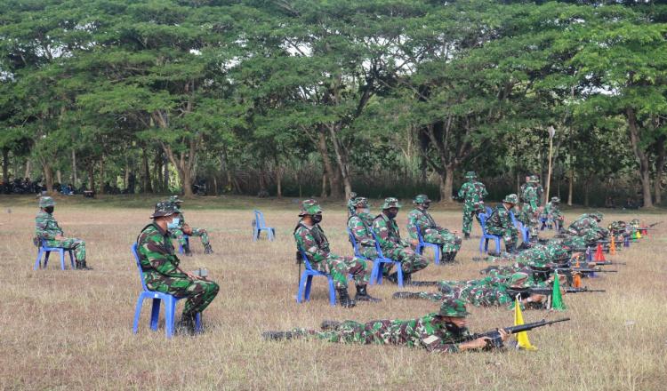 Prajurit TNI AD Purworejo Ikuti Latihan Menembak untuk Pertajam Kemampuan