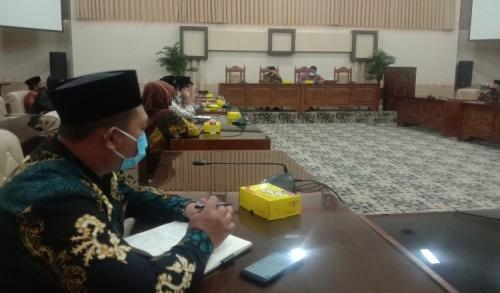 DPRD Banyuwangi Gelar Hearing, Sambut Kedatangan Puluhan BPD