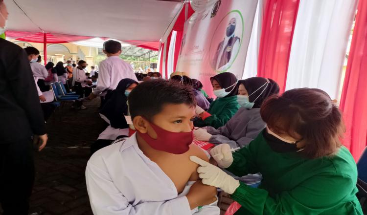 Dukung Percepatan Herd Immunity, ISNU Jatim Salurkan 5 Ribu Vaksin di Banyuwangi