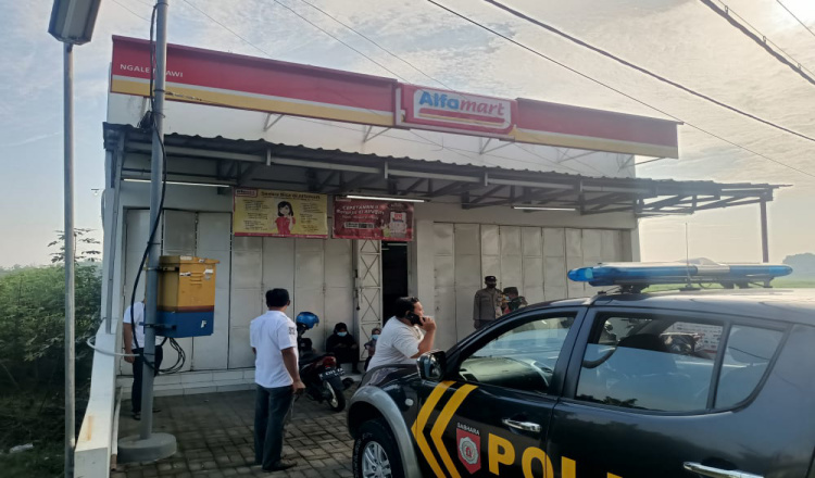 Minimarket di Ngawi Dibobol Pencuri, Uang Puluhan Juta Raib