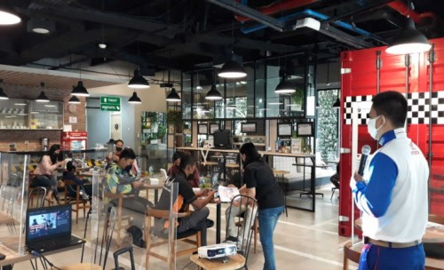 Bahas Agenda Tahunan, Komunitas CB Verza Malang Kopdar di MPM Cafe Riders
