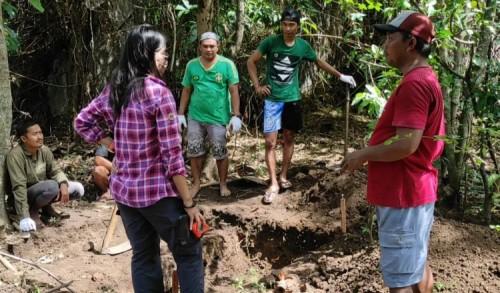 Temukan Benda Sejarah, Tim BPCP Jatim Gali Sejumlah Lubang di Kelurahan Demangan Madiun