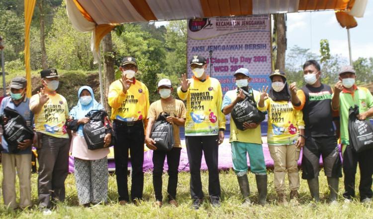 World Clean Up Day Jadi Ajang Untuk Maksimalkan Potensi Wisata Jember
