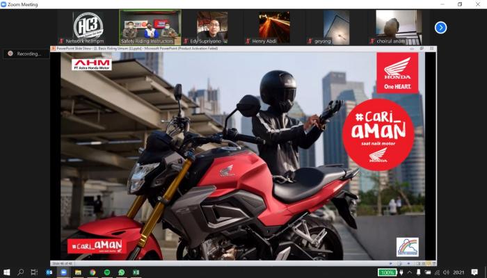 Safety Riding Webinar untuk Konsumen Setia Honda