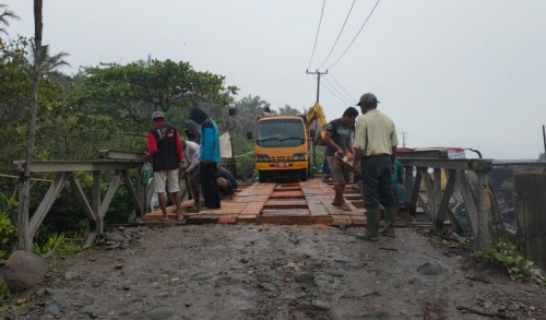 Jalan Lintas Bengkulu - Padang di Mukomuko Kembali Dibuka