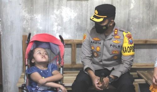 Fasilitas Kesehatan Anak Hidrosefalus Hafidz Juz ke-30 Dipantau Kapolres Probolinggo