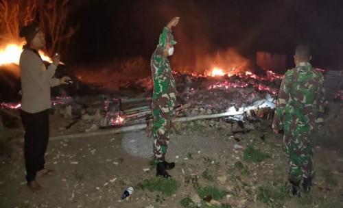 Ditinggal ke Rumah Mertua, Sebuah Rumah di Sumenep Hangus Terbakar