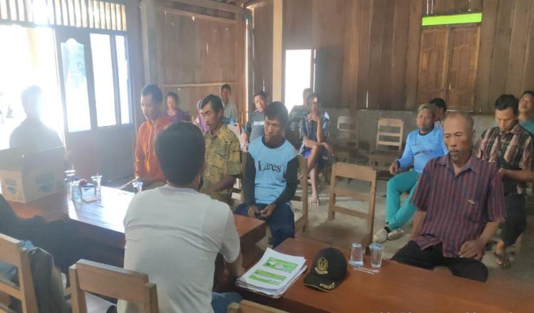 Forpimcam dan Warga Karanganyar Dukung Perhutani Ngawi Sukseskan Program Agrogforesty Tebu Mandiri