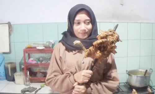 Lezatnya Ayam Panggang Bu Warti Banjardowo Jombang