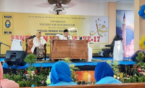 Peringati Mualidin Nabi Muhammad  SAW , Ribuan Warga Shiddiqiyyah Indonesia Gelar Santunan Nasional ke - 17