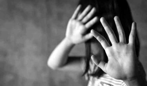 Gadis Yatim Piatu 11 Tahun di Banyuwangi Dicabuli Tetangganya Hampir Setiap Hari