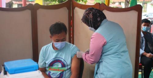 Hari Dharma Karya Dhika, Puluhan Warga Binaan Rutan Purworejo Disuntik Vaksin