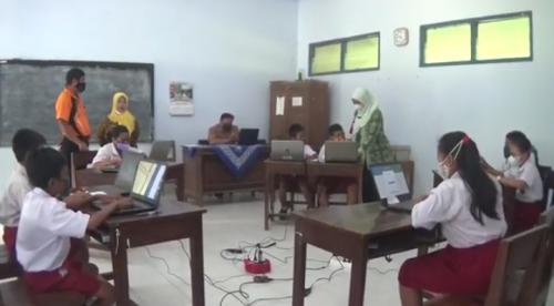 Terkendala Internet, 4 SD di Purworejo, Gelar Uji Coba AKM Secara Bersama di SDN Somorejo